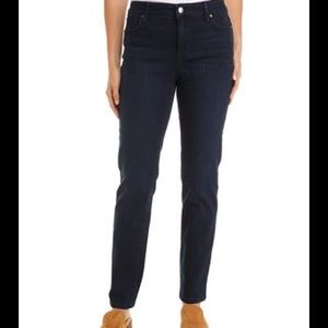 NWT Lee women's Relaxed fit Straight-leg